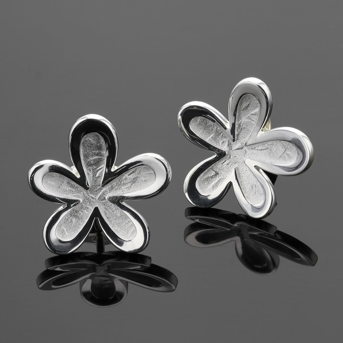 Daisy earrings mad ein Mauritius