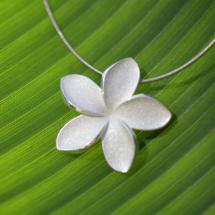 Frangipani pendant made in Mauritius