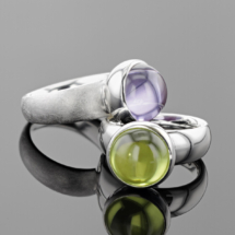 Solid silver rings with zirconia cabochons