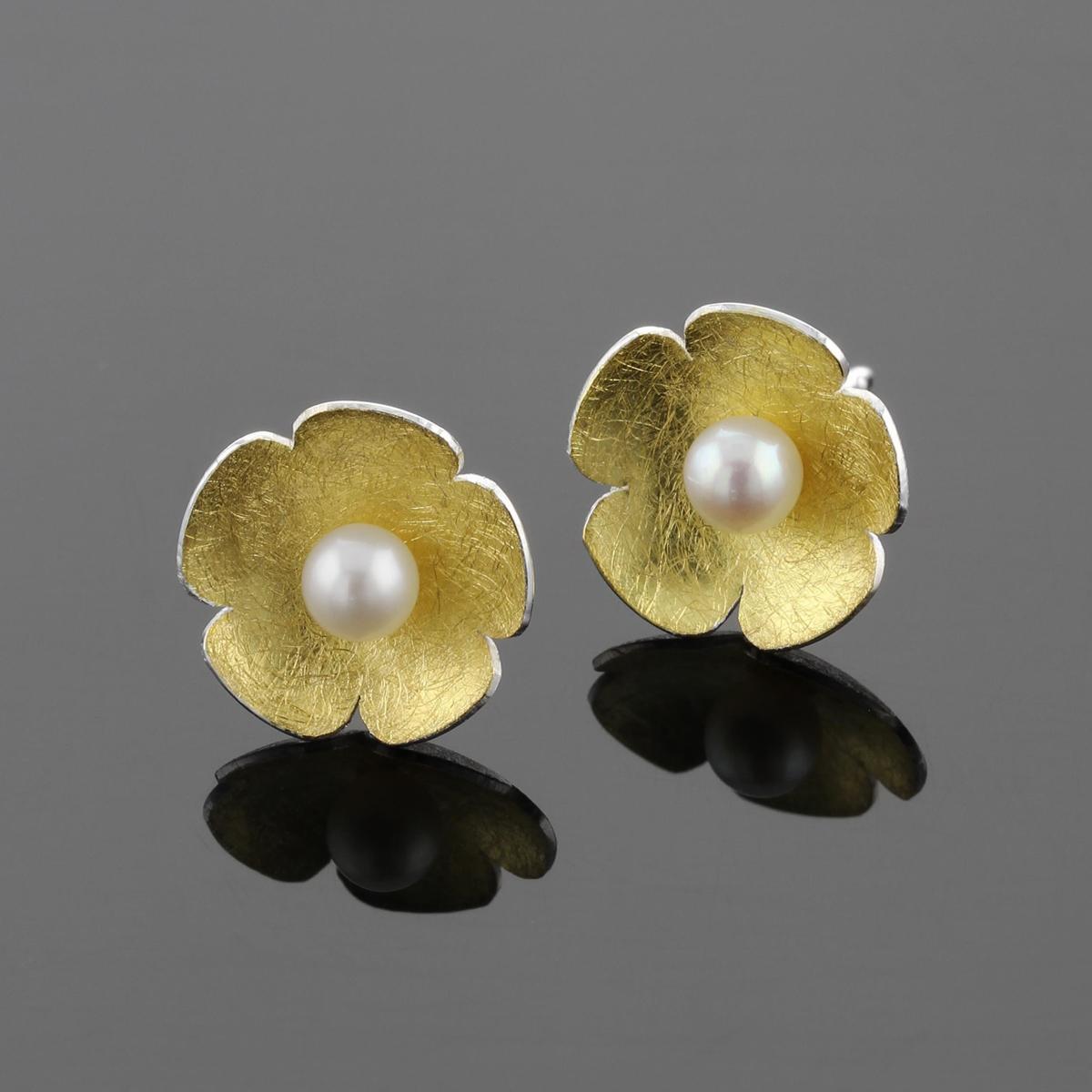 Unique silver and gold designs