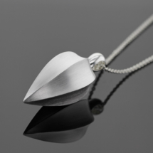 Modern sterling silver jewellery made in Mauritius