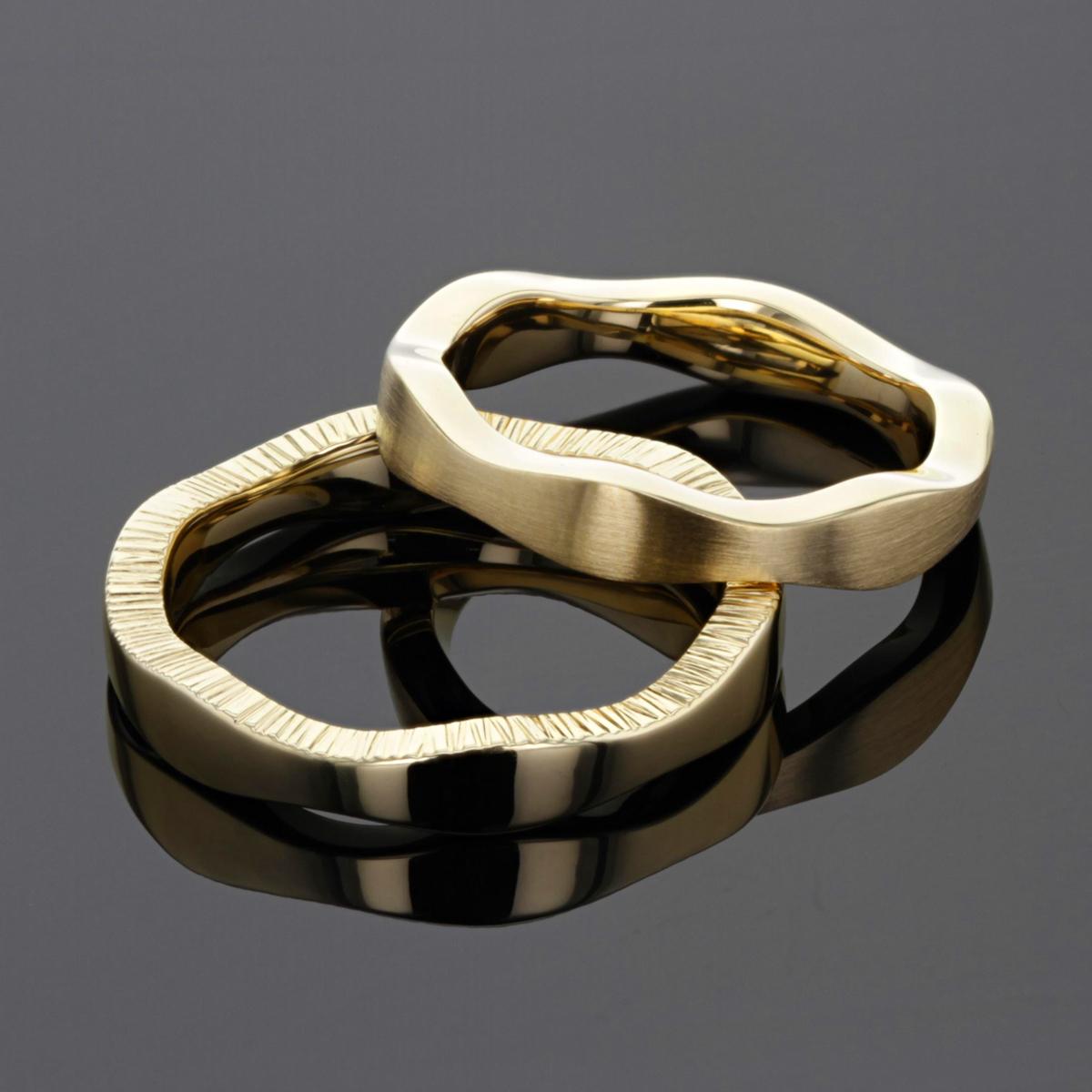 Yellow gold wedding rings Mauritius
