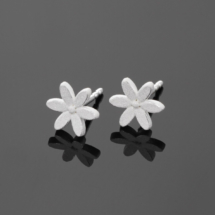 Small flower earrings Mauritius