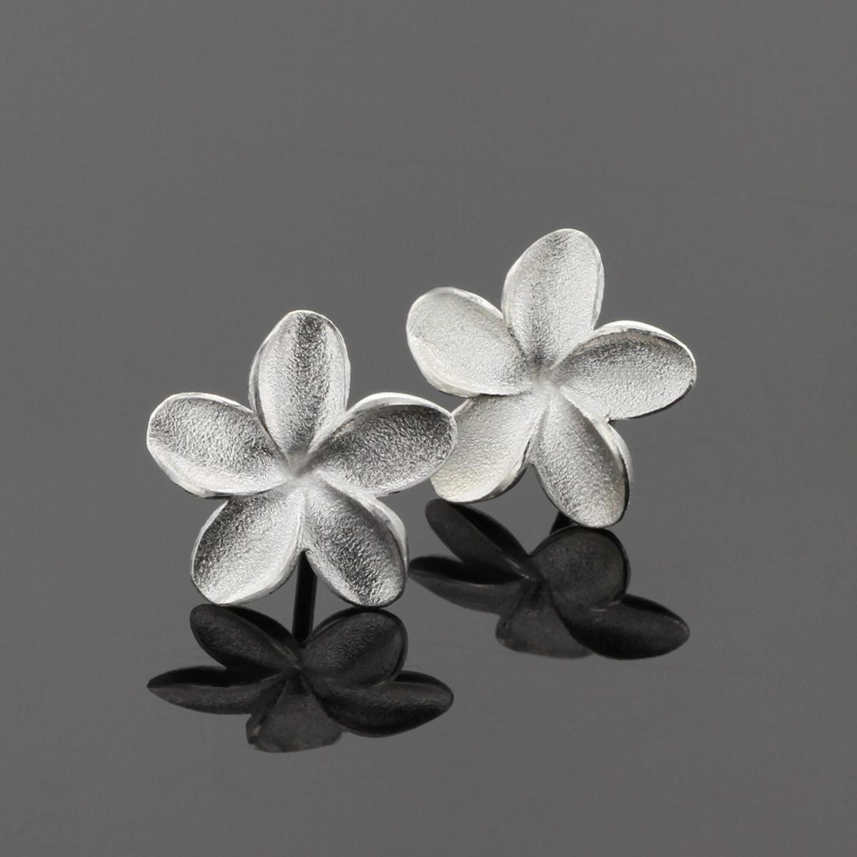 Frangipani earrings made in Mauritius
