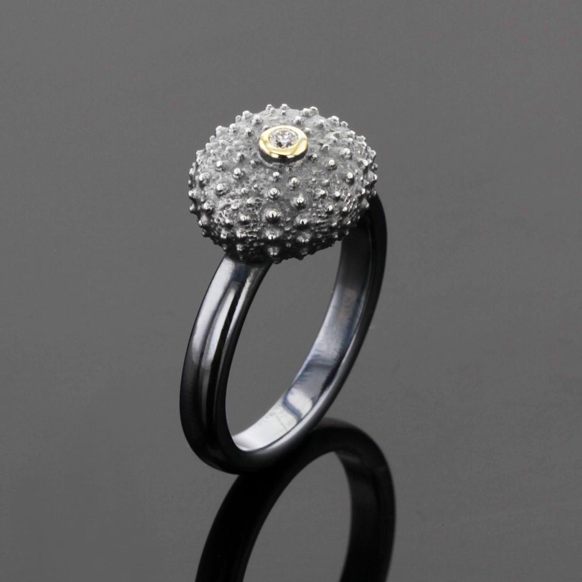 Black sea urchin ring