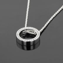 Silver and Zirconia pendant Mauritius