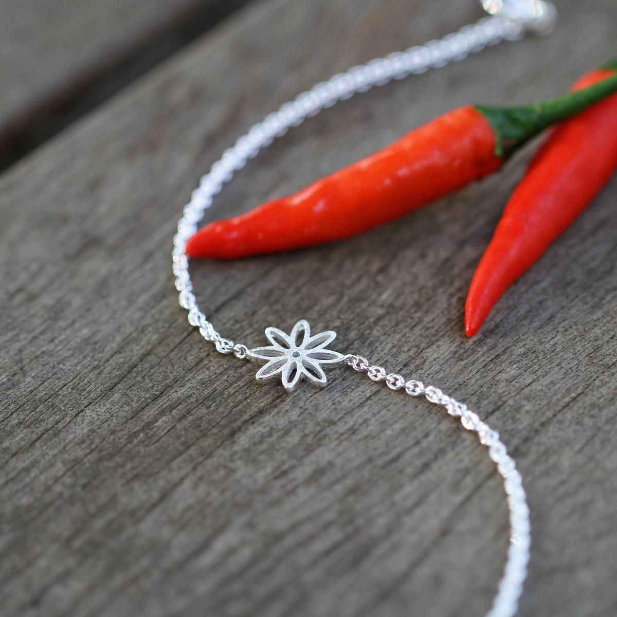 Silver flower bracelet Mauritius