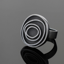 Oxidised silver ring