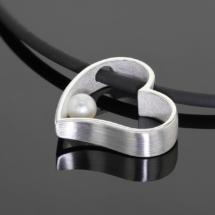 Unique silver jewellery made in Mauritius